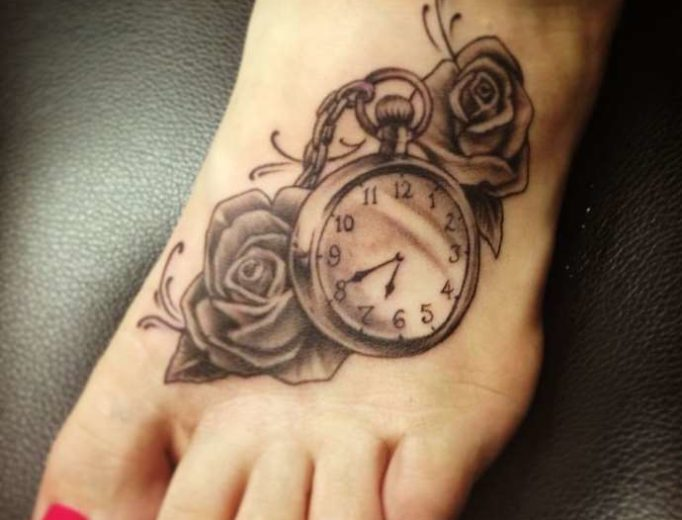 tattoo-on-a-foot-female-yw46342es
