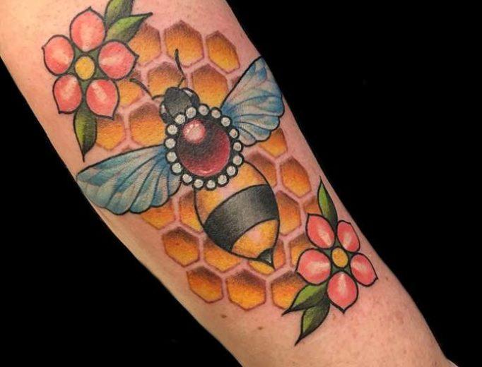 tattoo-honeycombs-ut57i4635uwy4gs