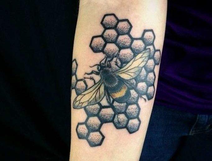 tattoo-honeycombs-uyu6t574i35uw4yeg