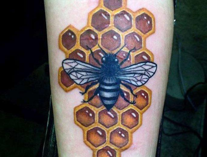 tattoo-honeycombs-ytts4635wy4eg