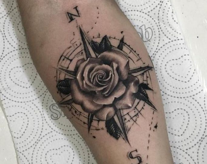 tattoo-wind-rose-tu54j635