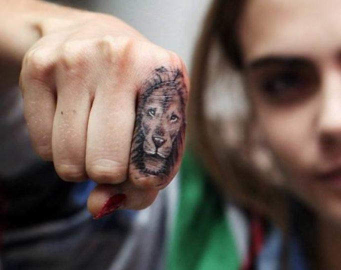 tattoo-on-fingers-for-girls-yumk6e7564u5y34