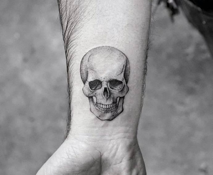 череп человека
