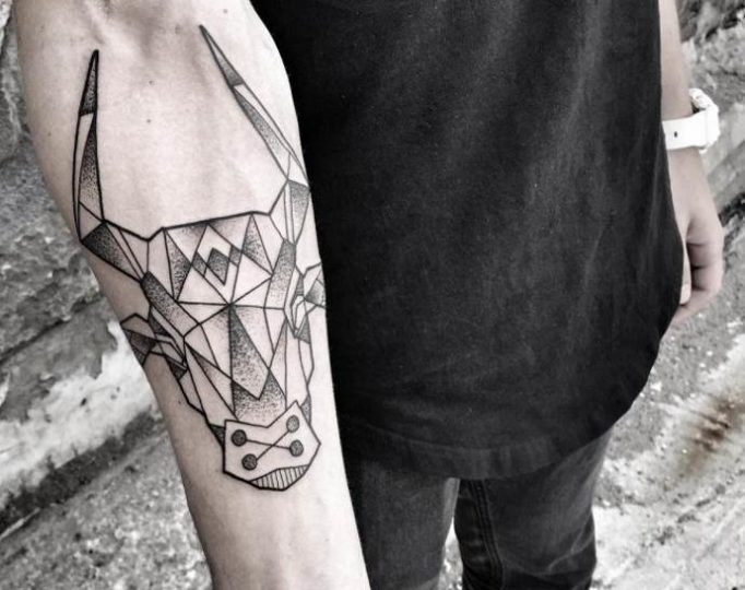 tattoo-geometric-jy564hwrg