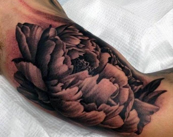 tattoo-on-a-biceps-men's-se3w4tewfd