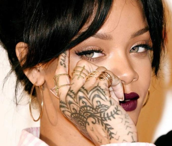 tattoos-Rihanna's-75iw34