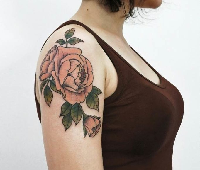 tattoo-on-a-shoulder-for-girls-6e564jwh5